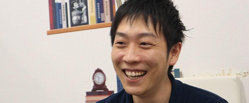 juunanインタビュー Vol.11「UZUZ 岡本さん」〜500円玉貯金をしています〜